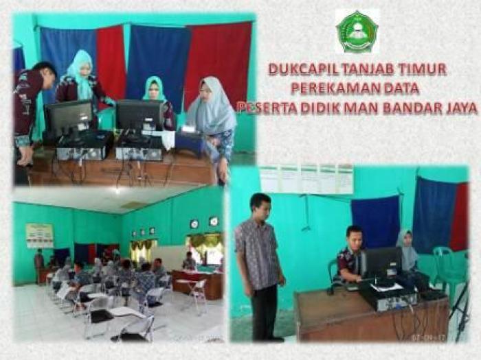Masuki Usia 17 Tahun, Siswa MAN Bandar Jaya Ikuti Rekam Kartu Tanda Penduduk Elektronik (E-KTP)