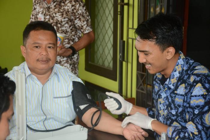 Jelang  HAB ke 74, Kemenag Tanjung Jabung Timur Gelar Donor Darah